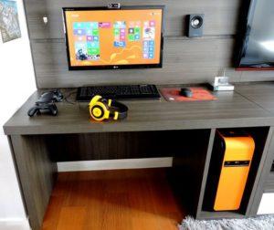 геймерская комната оранжевая